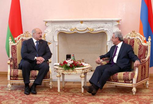 Беларусь и Армения договорились о сотрудничестве в области ядерной безопасности, сельского хозяйства и спорта<br />