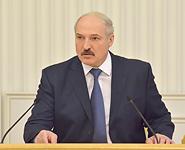 Лукашенко потребовал предоставить ему прозрачную схему формирования тарифов на услуги ЖКХ