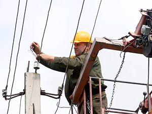 Энергетики Беларуси находятся в состоянии повышенной готовности в связи со шквалистым ветром<br />