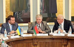 Беларусь планирует подписать в сентябре топливно-энергетический баланс Союзного государства на 2014 год<br />