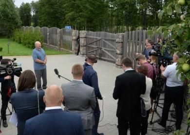 Лукашенко: Беларусь и Литва должны думать вместе, как эксплуатировать БелАЭС