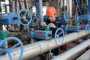 Construction of third oil refinery in Belarus still on agenda