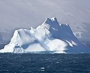 Белорусские полярники взяли образцы грунта со дна антарктического озера