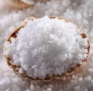Снижение потребления соли до 4 г может предупредить риск развития инфаркта и инсульта<br />