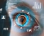 Google хочет встроить компьютер в глаз пользователя
