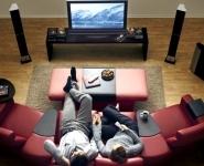 Бывший президент Facebook предложил сервис для просмотра кинопремьер дома