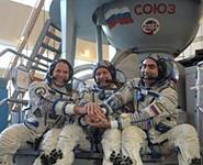 Экипаж 34-й космической экспедиции на МКС вместе с белорусом Олегом Новицким вернулся на Землю