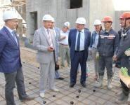 Михадюк на БелАЭС оценил условия работы и проживания студотрядовцев
